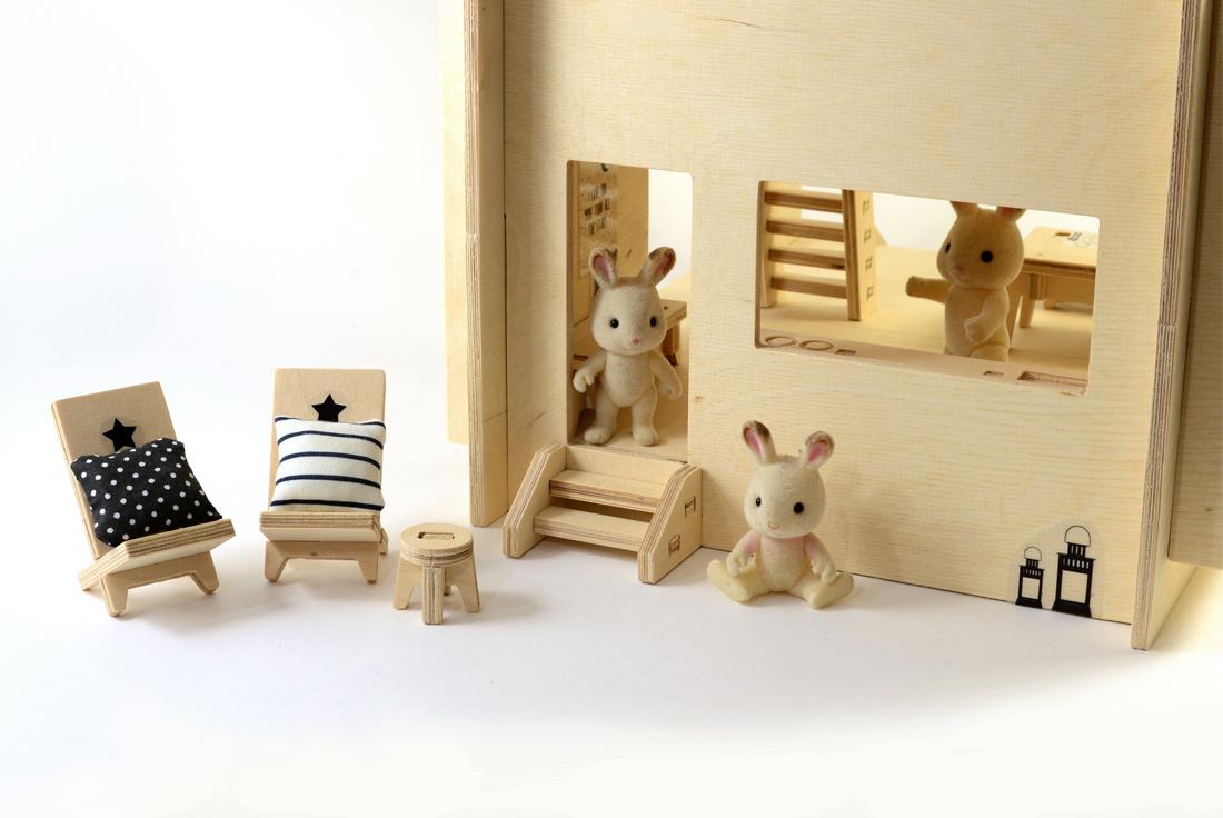 skandynawski domek dla lalek