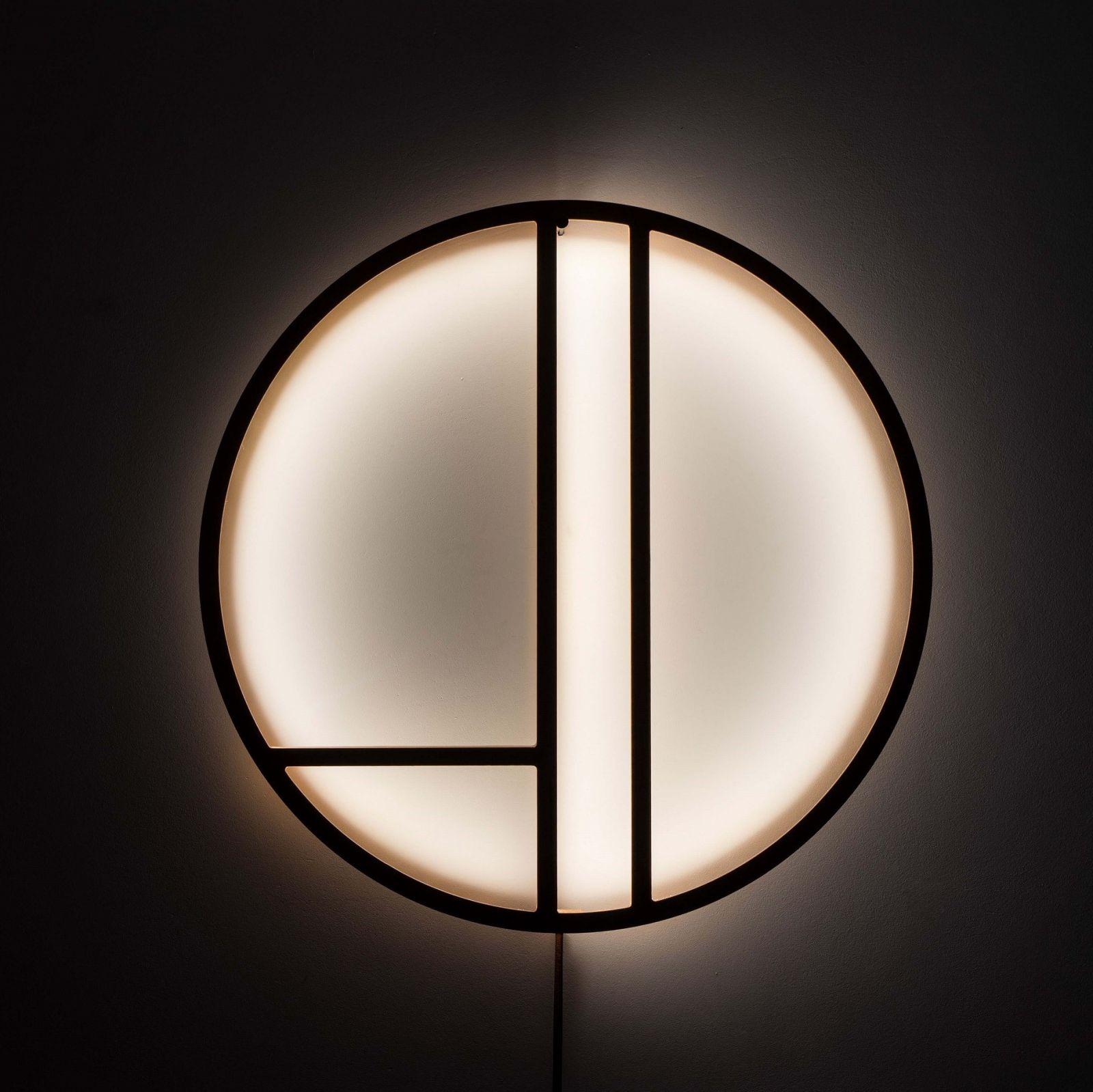 Lampa ścienna Linie-Thła w kolorze brązowym